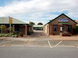 Lake Albert Motel - Accommodation Georgetown
