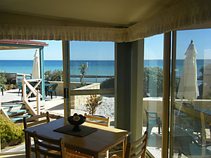 The Macs Beachfront Villas - Accommodation Georgetown