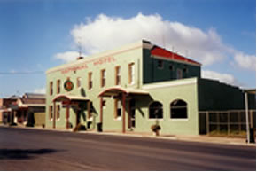 National Hotel - Accommodation Georgetown