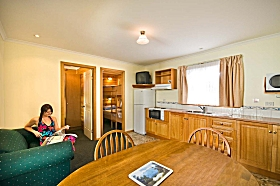 Leisureville Caravan Park - Accommodation Georgetown