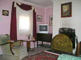 Hollyhock Cottage - Accommodation Georgetown