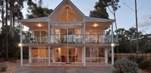 Lochani on the Bay - Accommodation Georgetown