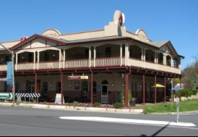The Royal Hotel Adelong - Accommodation Georgetown