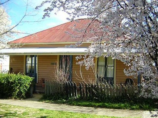 Cooma Cottage - Accommodation - Accommodation Georgetown