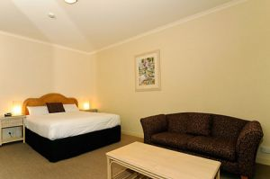Quality Hotel Tiffins on the Park - Accommodation Georgetown