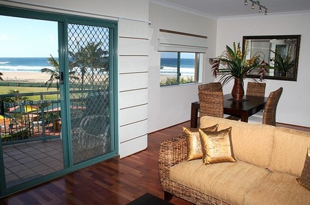 Currumbin Sands on the Beach - Accommodation Georgetown