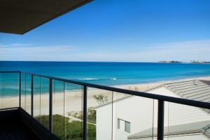 Pacific Surf Absolute Beach Apartments - Accommodation Georgetown