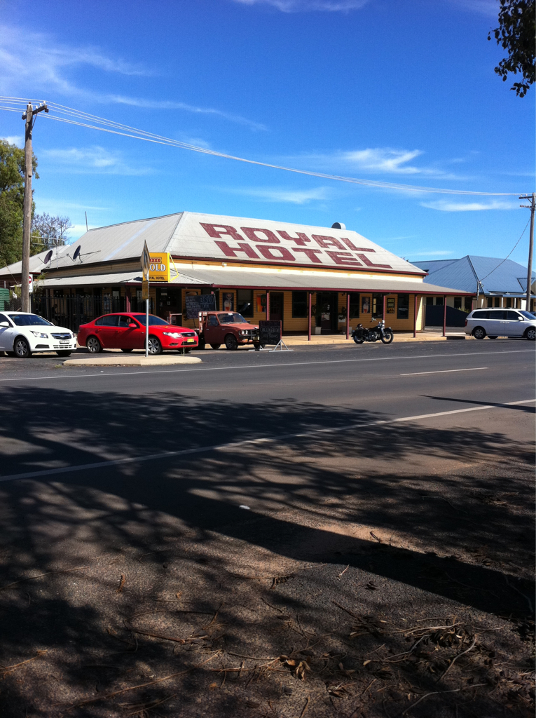 Royal Hotel Narromine - Accommodation Georgetown