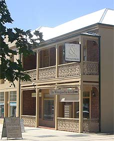 Cobb  Co Court Boutique Hotel - Accommodation Georgetown