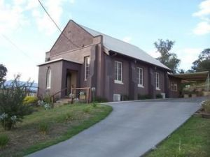 Church House BampB Gundagai - Accommodation Georgetown