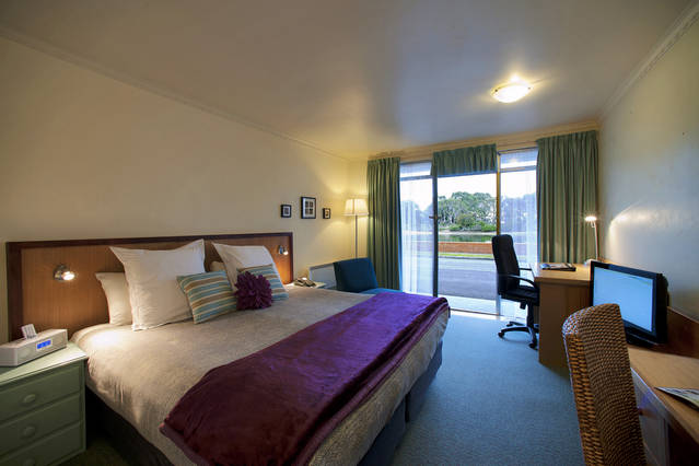 The Waterfront Wynyard - Accommodation Georgetown