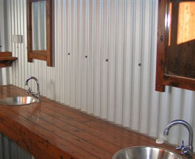Daly River Barra Resort - Accommodation Georgetown