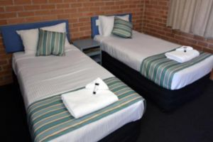The Oaks Hotel Motel  - Accommodation Georgetown