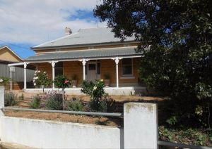 Book Keepers Cottage Waikerie - Accommodation Georgetown