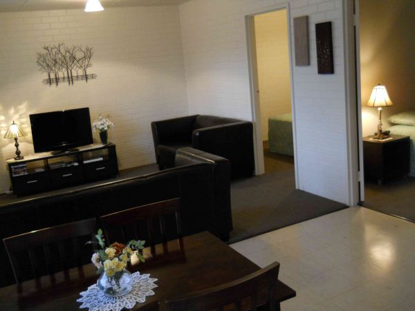 BJs Short Stay Apartments - Accommodation Georgetown