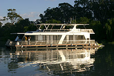 Whitewater Houseboat - Accommodation Georgetown