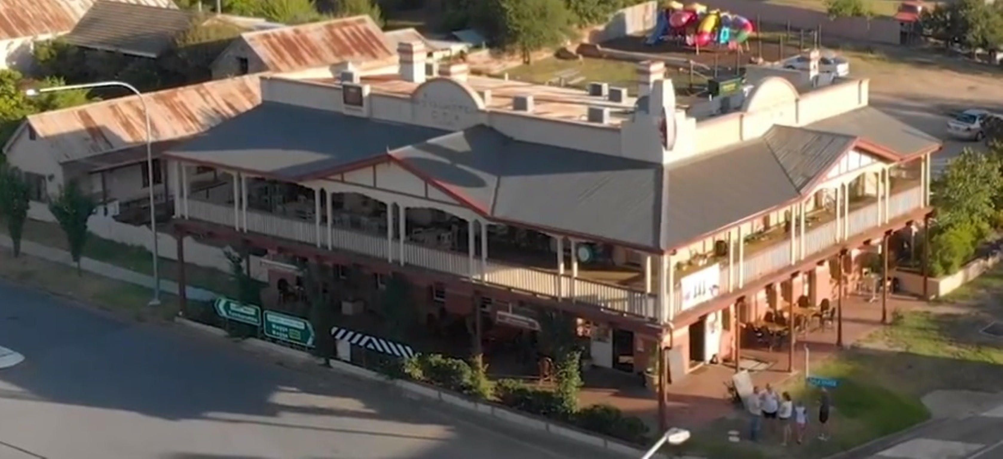 Royal Hotel Adelong - Accommodation Georgetown