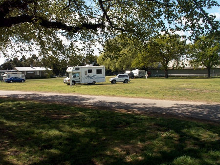 Sale Showground Caravan and Motorhome Park - Accommodation Georgetown