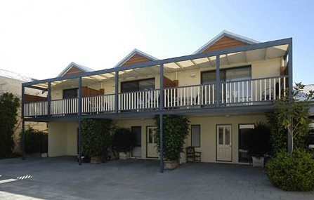 Freo Mews Executive Apartments - Accommodation Georgetown