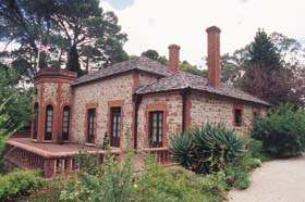 Old Government House - Accommodation Georgetown