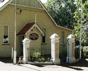 Montville Memorial Precinct - Accommodation Georgetown