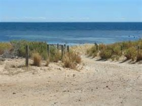 Normanville Beach - Accommodation Georgetown