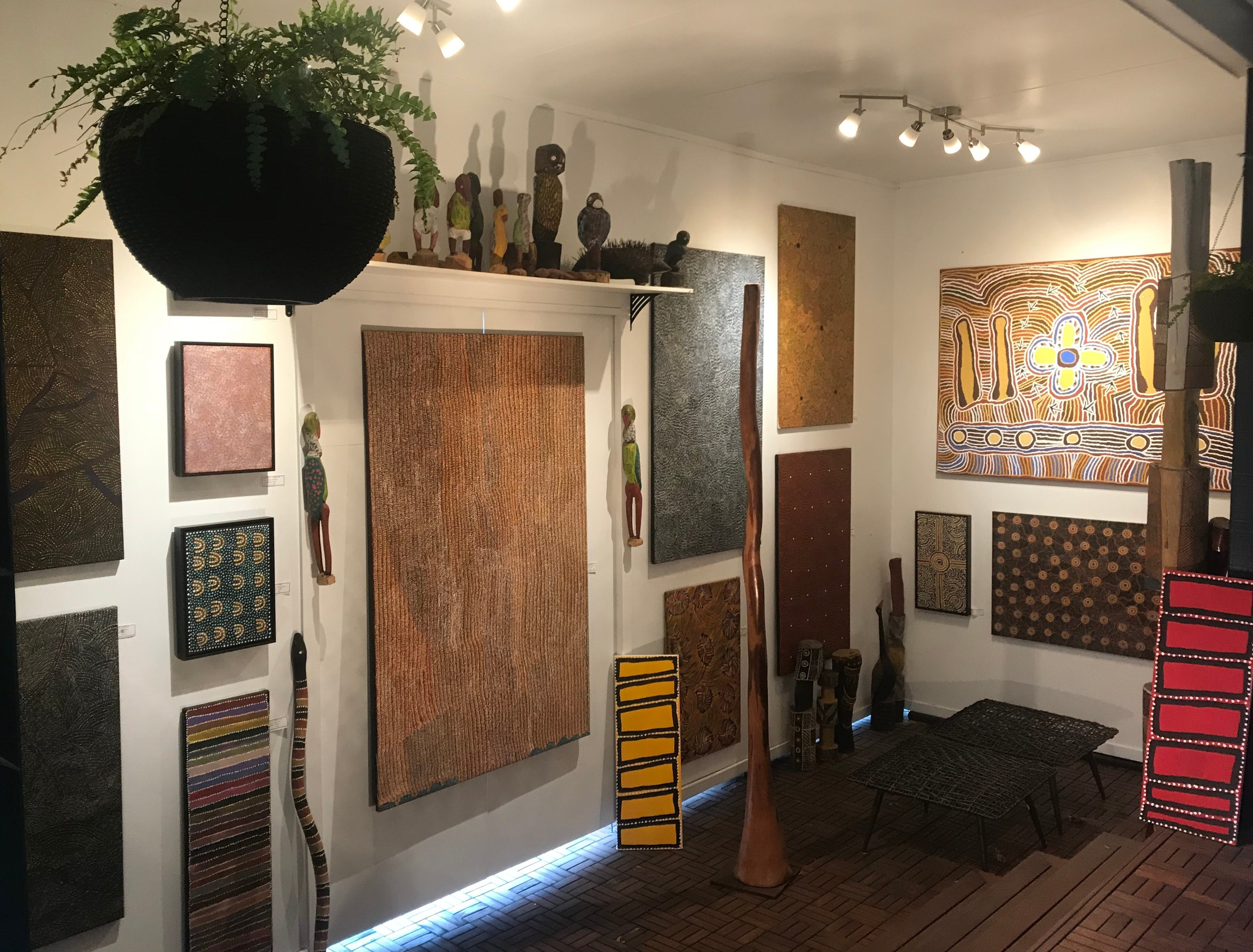 Red Sand Aboriginal Art Gallery - Accommodation Georgetown