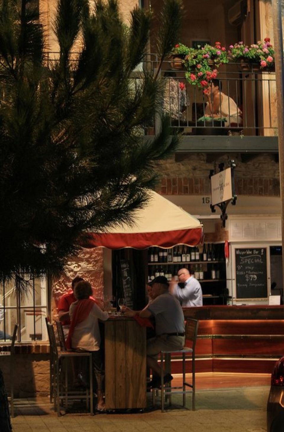 Whisper Wine Bar - Accommodation Georgetown