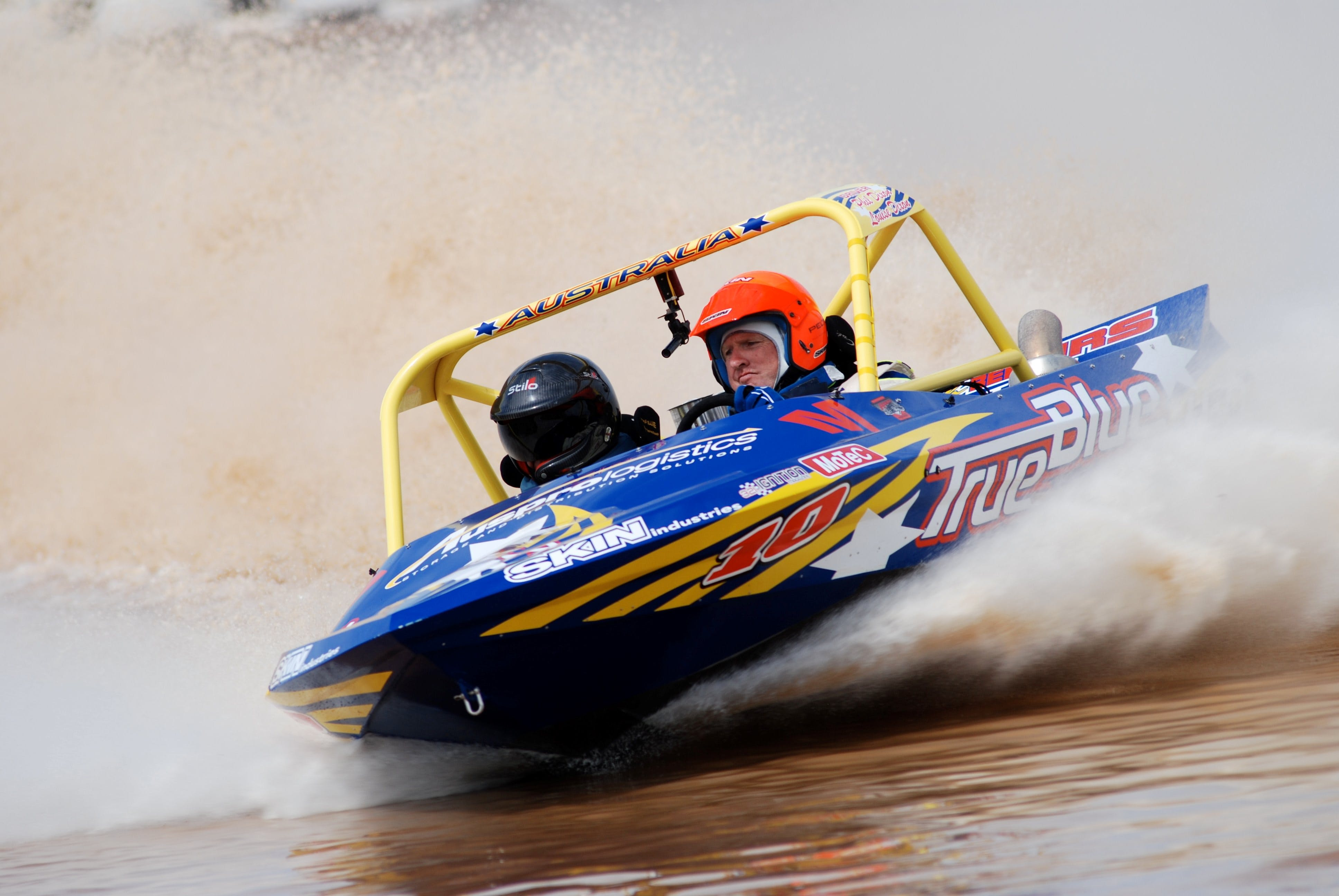 V8 Superboats - Accommodation Georgetown