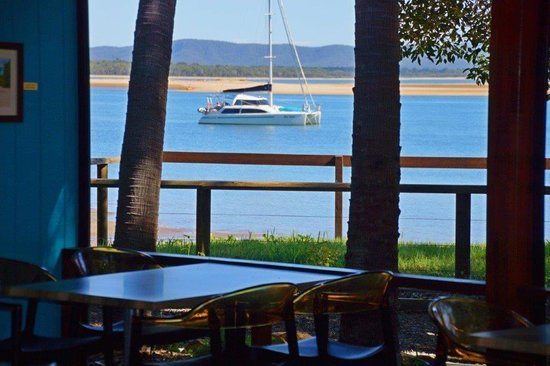 Beachcombers Family Bistro 1770 - Accommodation Georgetown