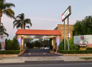 Centrepoint Midcity Motor Inn - Accommodation Georgetown