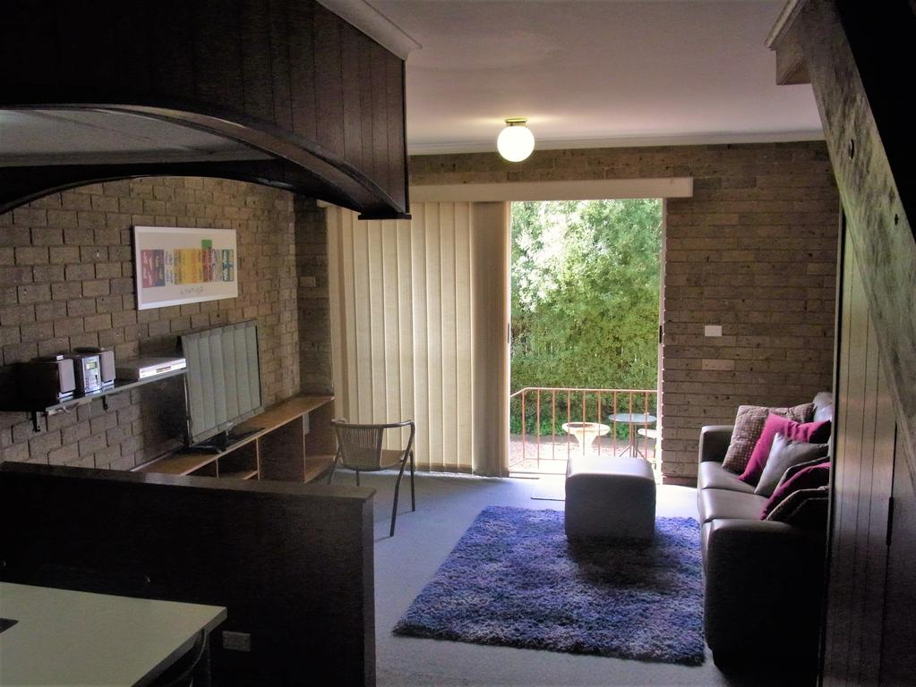 A Furnished Townhouse in Goulburn - Accommodation Georgetown