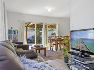 Beach Escape  Currarong - basic family accommodation - Accommodation Georgetown